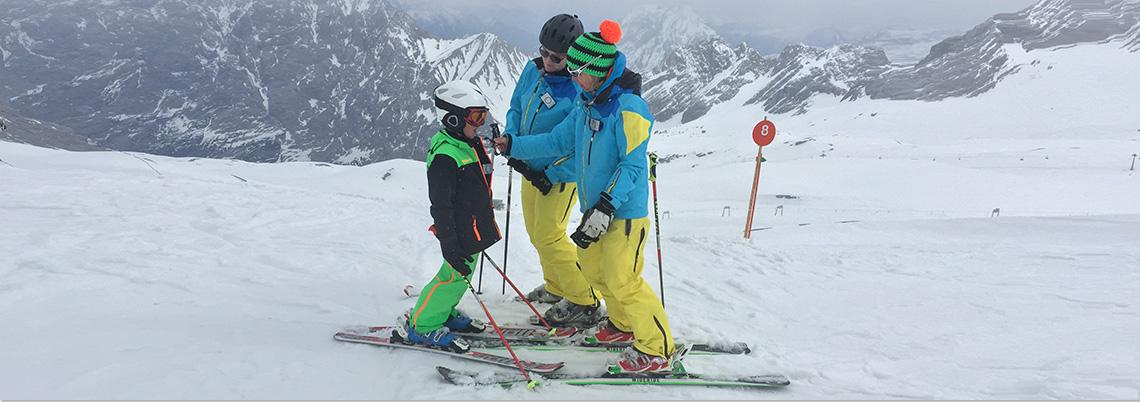 skilehrer mit schueler ceecoach
