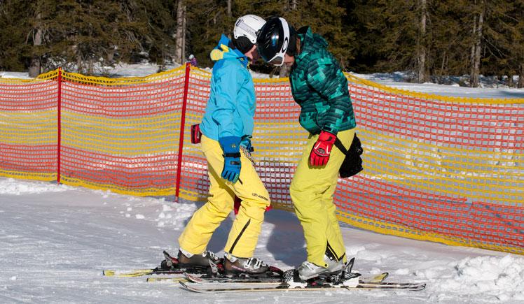 Lehrer mit Schüler - Privat-Skikurse für Erwachsene, Freunde & Familie